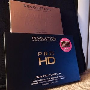 👀🌟 NIB Makeup Revolution Eyeshadow Set